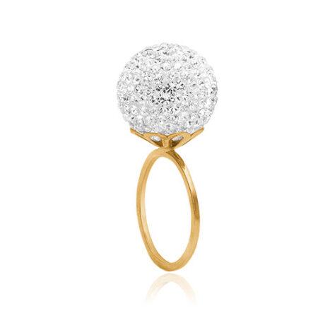 Ring fra Priesme fra kollektionen Brilliant Selection. Denne smukke ring er i forgyldt sølv og har en stor kugle med Swarovski krystaller i helt klare farver, der ligner diamanter