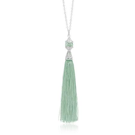 Halskæde med elegant mintgrøn silkekvast