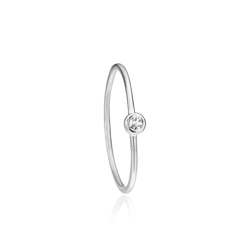 Priesme ring i sølv med hvid topaz