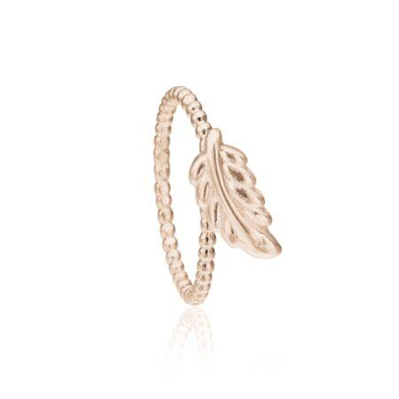Priesme ring i rosa forgyldt sølv med elegant blad