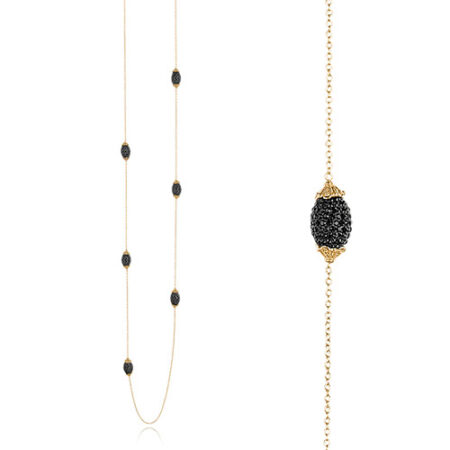 Priesme Black Swan halskæde med sorte ovale kugler