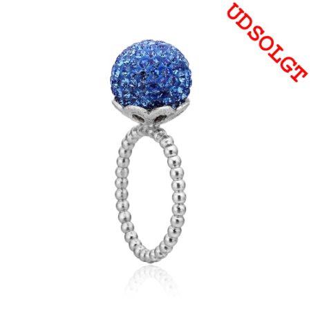 Blank sølv ring med blå kugle fra Priesme