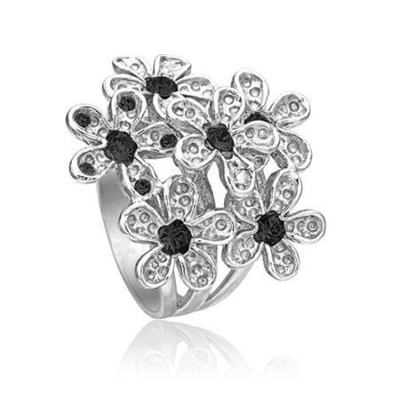 Ring med blomst i sølv fra Priesme