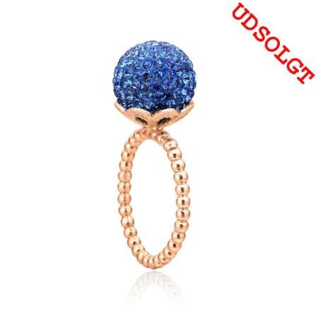 Ring i rosa sølv med blå sten