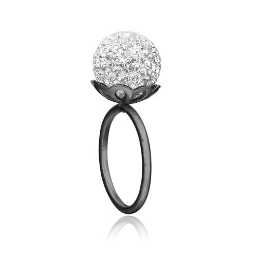 Ring i sort sølv med stor klar kugle